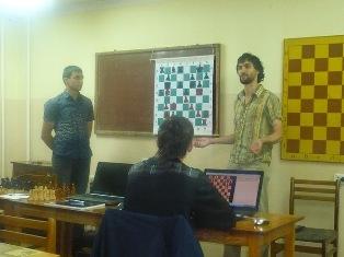 Лекцию читает Международный Гроссмейстер Борис Савченко
