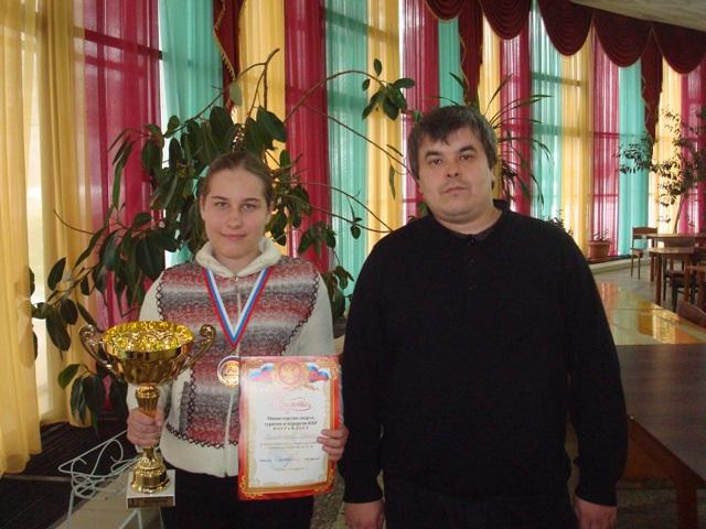 Чемпионка 2-го первенства СКФО Румянцева Ксения со своим тренером