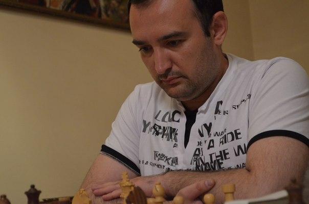 Фаррух Хукуматович уже 2 сессии в школе дипломированных специалистов.